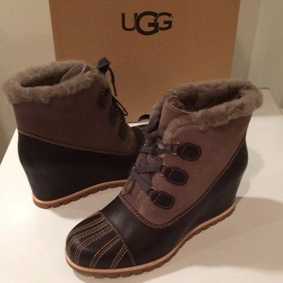 e88ebf52713 New Ugg Alasdair Slate leather & suede wedge 12 💕 NWT